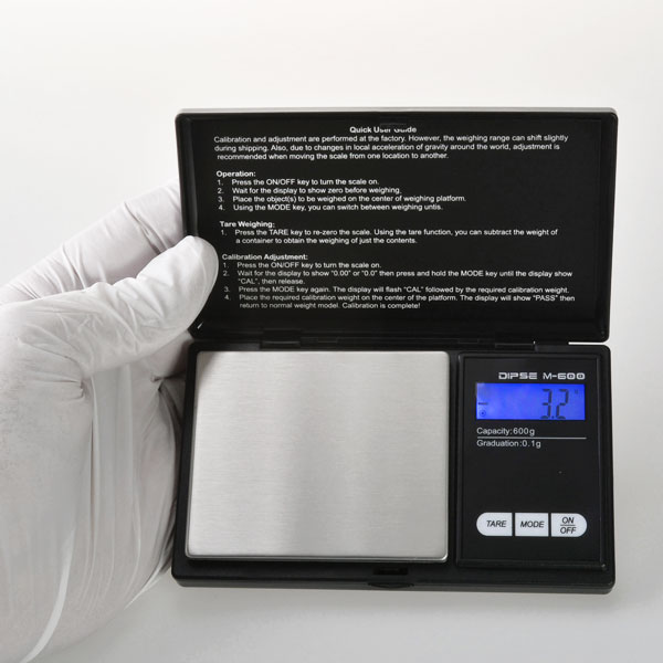 product image 2: Digital precision scale up to 600 g